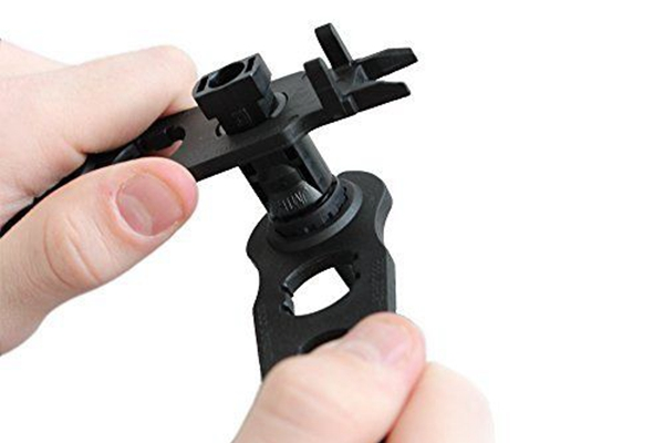 Black Color_MC4 Solar Connector Disconnect_disconnecting tool_Solar Cable_Honunity technology